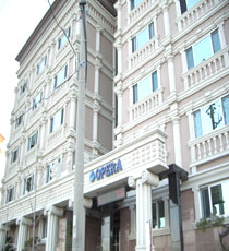 Opera Motel