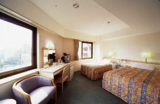 並木ホテル