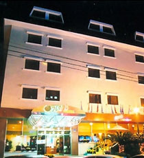 Gaia Hotel