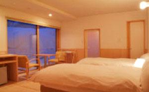 ニセコ湯本温泉 湯ごもりの宿アダージョ(HTC提供)