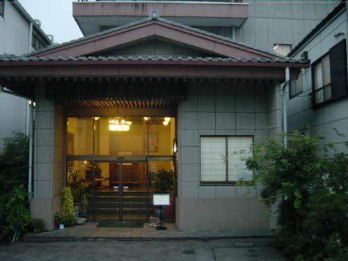 ビジネスホテルミウラ(料亭鮒又 併設)