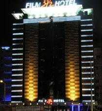 Film 37'2 Hotel