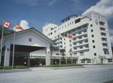 コウノトリグランドホテル