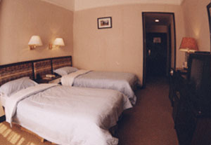 GUEST ROOM2