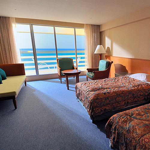 沖縄ホテル、旅館、リザン シーパークホテル谷茶ベイ