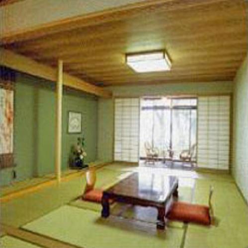 青島水光苑ホテルの部屋画像
