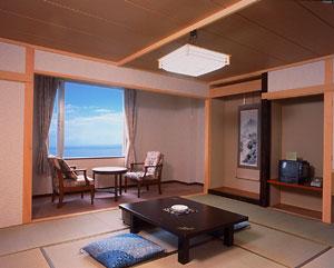 ウトロ温泉 ホテル知床(HTC提供)