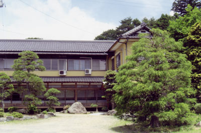 玉山温泉 石屋旅館
