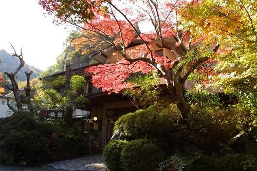 武田尾温泉 マルキ 旅館