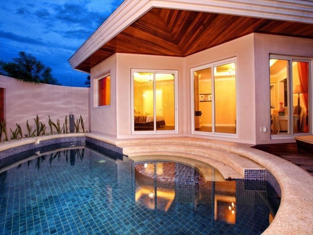 J Jpark Island Resort And