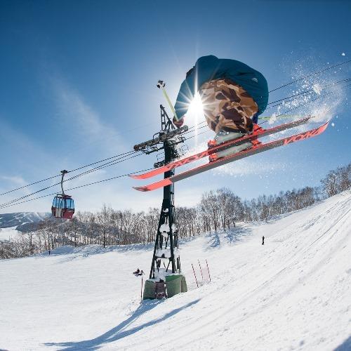 【冬の北海道】[2食×リフト券]ルスツリゾートスキー場 =リフト券付⇒体験クーポン変更もok=