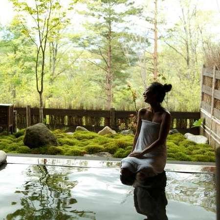 [写真]「湯めぐり」がコンセプト。23種の湯船で草津の名湯をお楽しみください。