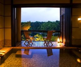 洞窟風呂の宿 百楽荘