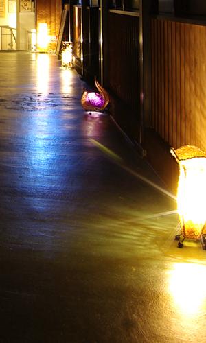 ランプシェードの灯り