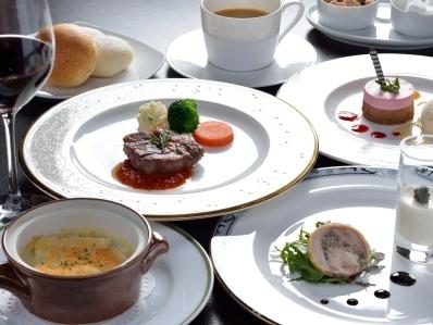 和洋中選べるおすすめディナー付宿泊プラン☆ホテルディナー&ステイ【朝食付き】