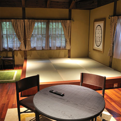 SUITE Maisonette Room