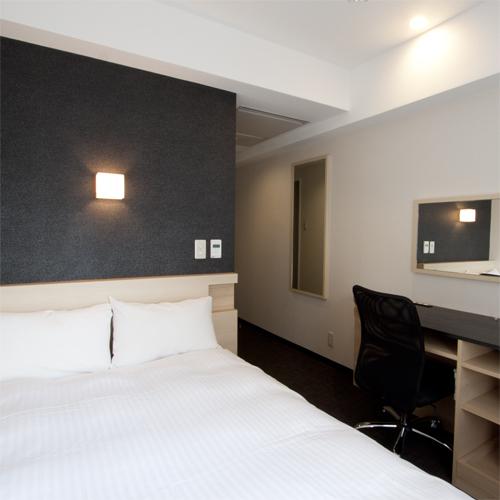 標準準雙人床間可吸煙房