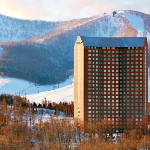 【さき楽7★冬旅応援】<リフト1日券&2食>Hokkaido SKI&SNOW Package