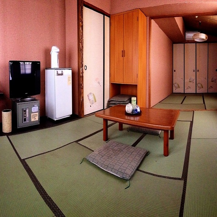 Main Building Japanese-Style Room with Free Internet