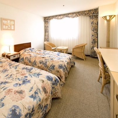 Main Building Standard ROH Twin Room