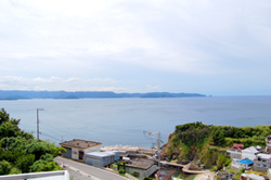 国民宿舎くろ潮から見た有田の海