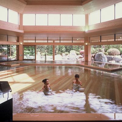 六角大ひのき風呂