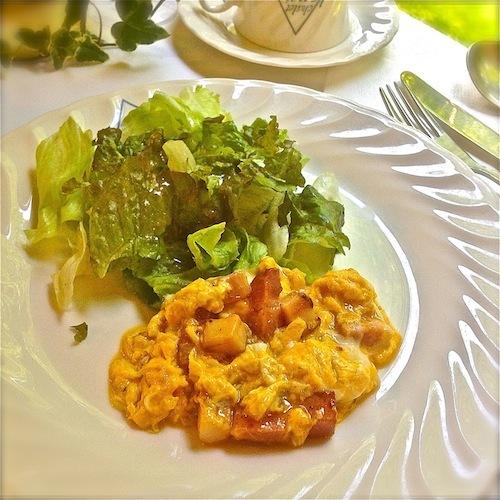 朝食スペインオムレツ