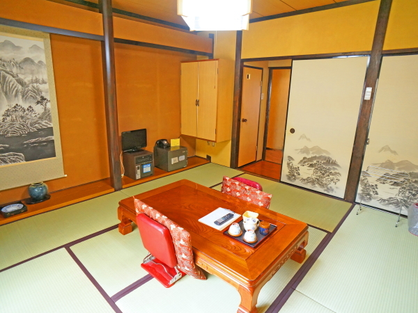 MAIN BUILDING STANDARD MOUNTAIN VIEW JAPANESE STYLE ROOM