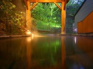 女性専用露天風呂『石楠花の湯』