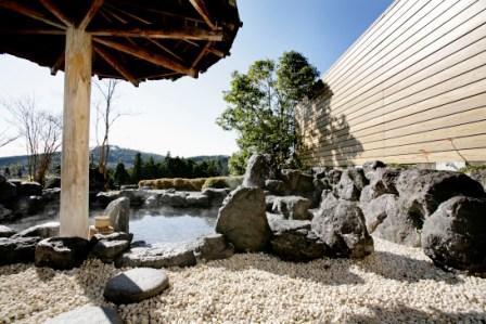 青山ホテル 洋室&旬の食材と地元食材を用いた『会席』 霧生温泉満喫プラン
