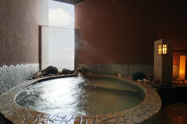貸切露天風呂 月見の湯