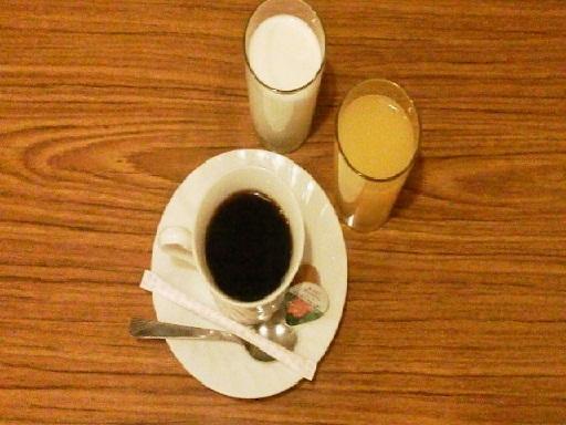 オレンジジュースと牛乳