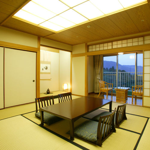 Standard Japanese-Style Room 21 to 25 Sq M