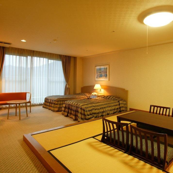 Semi Western-Style Room