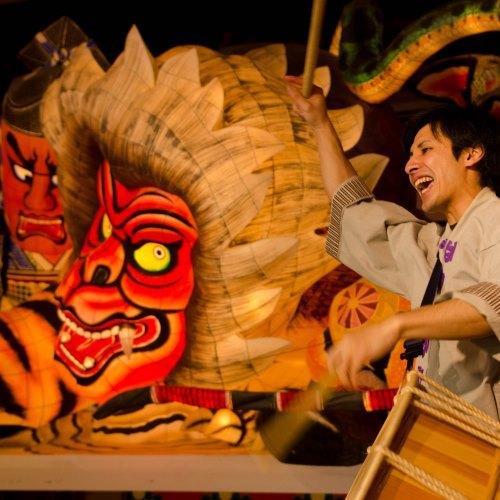 【1泊2食】(事前カード決済/さき楽30日前)青森4大祭りを楽しむショーレストランみちのく祭りや〜