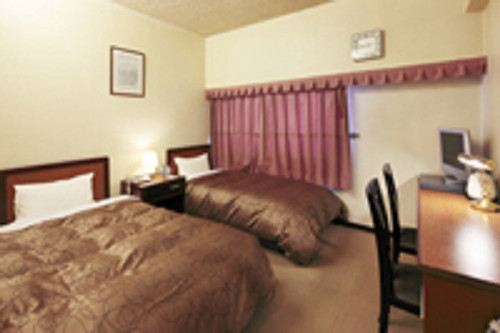 Main Building Standard Twin Room with Breakfast