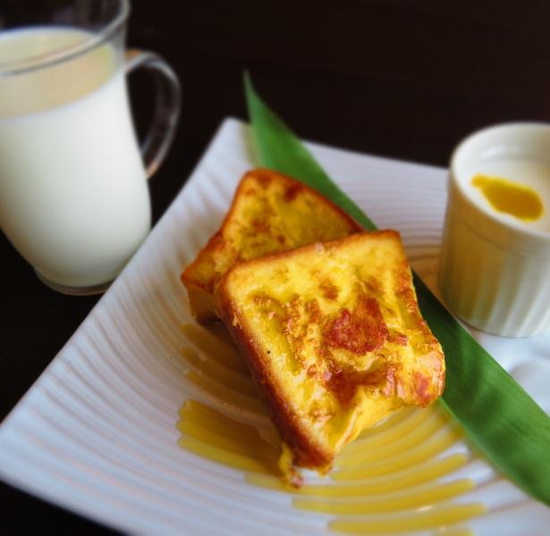 【楽パック限定)】〜八丈ジャージー牛乳と絶品フレンチトースト♪地魚のお刺身が味わえる!【朝食付】