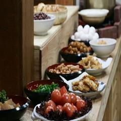 夕食なしでお得に♪のんびり到着でもOK!朝食バイキングまたは和定食(お部屋食)プラン★現金特価★冬得