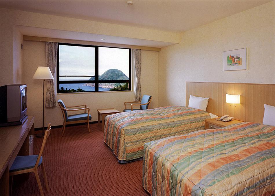 主樓標準海景雙床間 16-20平方米