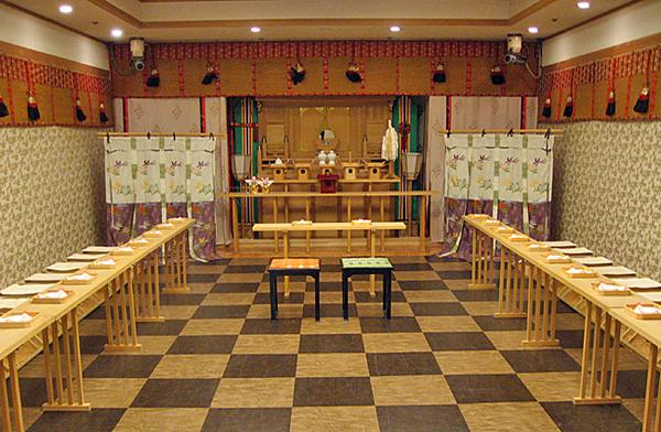 神聖な空間で一生に一度の誓いを 神前式