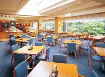 ダイニングレストラン「岩清水」