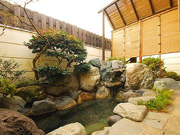 庭園風露天風呂