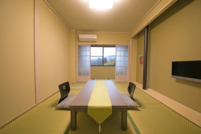 MAIN BUILDING STANDARD  JAPANESE STYLE ROOM Room Size 10 to 15 sqm