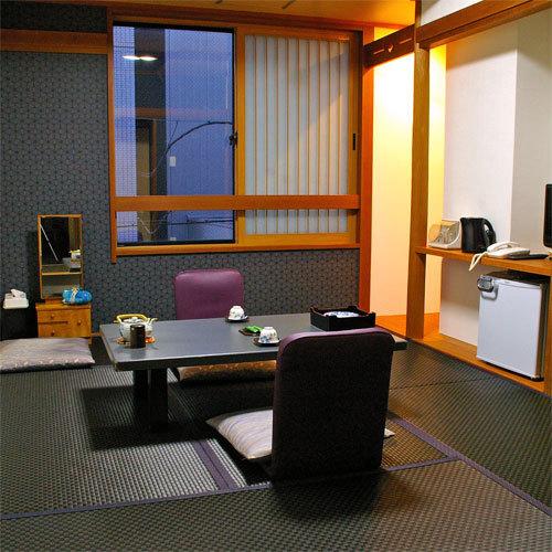 Budget Japanese-Style Room 10 to 15 Sq M