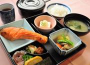 【旭川駅徒歩5分】繁華街サンロクに一番近いホテル♪(選べる和洋朝食付)