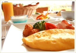 テラスで食べる優雅な朝食