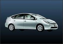 南十字星レンタカー沖縄の1,500cc【禁煙車・ETC付】 静かで快適!燃費抜群ハイブリッドカー