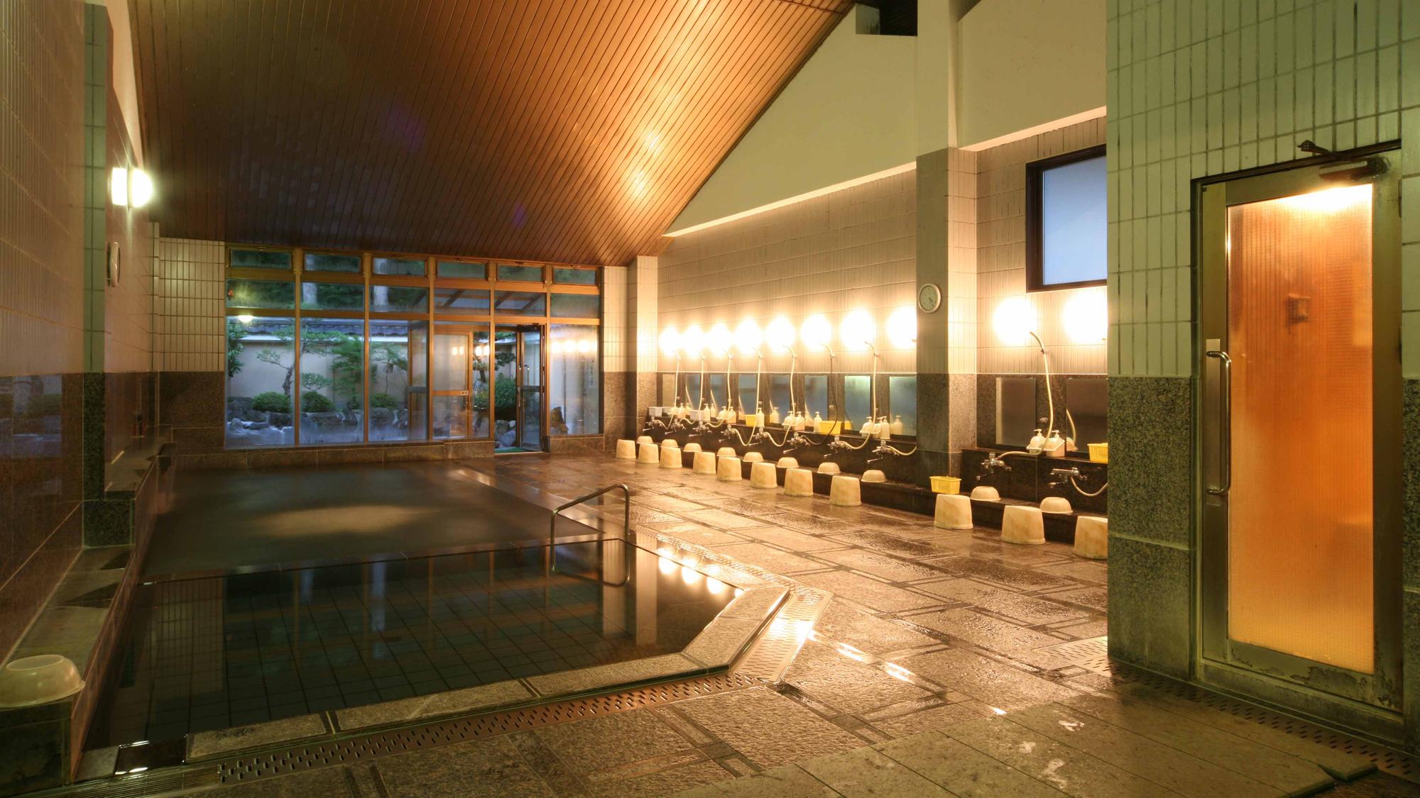 なりた温泉 大浴場