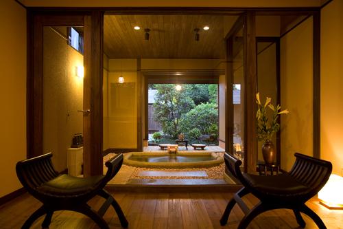 露天風呂 露天風呂付き客室 高級 : 露天風呂付き客室と3ヶ所の ...