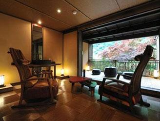 塔ノ沢温泉 四季を味わう宿 山の茶屋